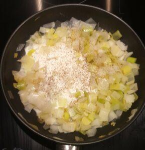 Fondue de poireaux et dendives au vin blanc et parmesan 8