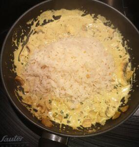 Riz à la crème de soja, aux champignons et au curry
