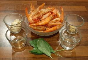 Brochettes de crevettes au vin blanc Saewoo Gotchi