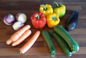 Couscous maison aux légumes, agneau, bœuf, boulette et merguez