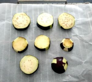 Aubergines au four gratinées