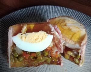 Œuf en gelée jambon et macédoine