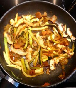 Nouilles de blé aux légumes